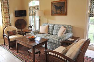 Country Family Room.jpg